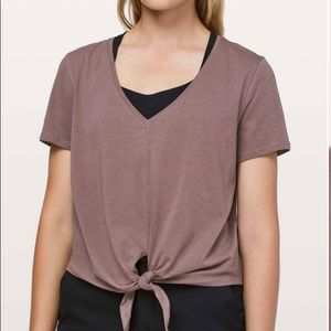 Lulu Lemon Knot Gonna Fly Tee (PERFECT CONDITION!)